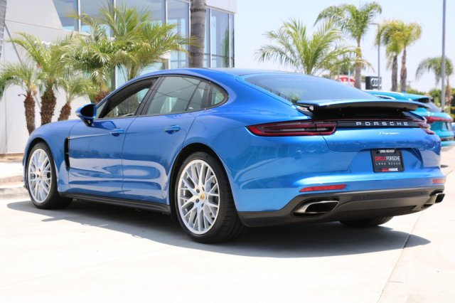 Certified Pre-Owned 2018 Porsche Panamera